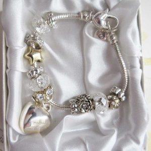 Stunning bridesmaid charms bracelet in silver - Ahoy Designs