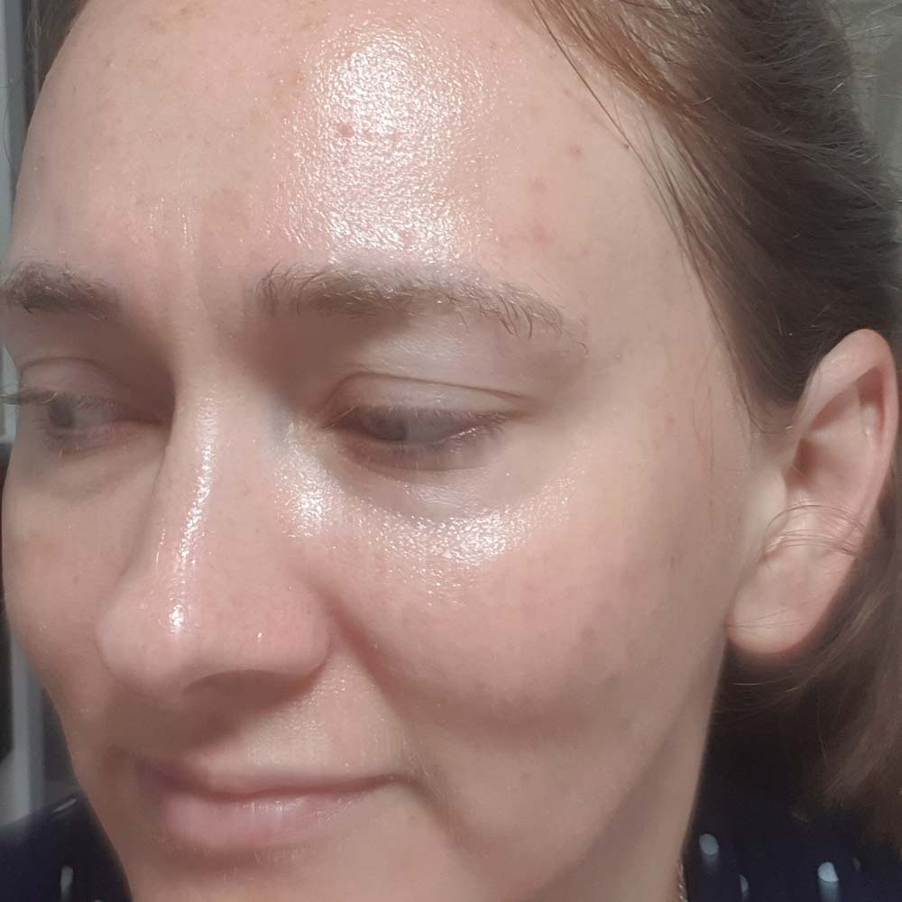 Beauty Pie Fruitizyme 5-min Facial - photo of the product on my skin